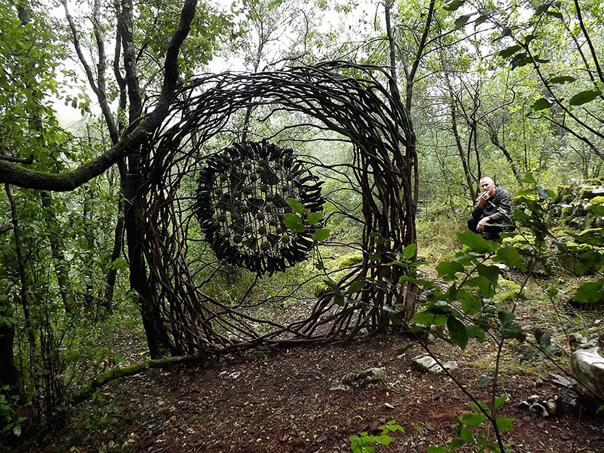 forest-land-art-nature-spencer-byles-9