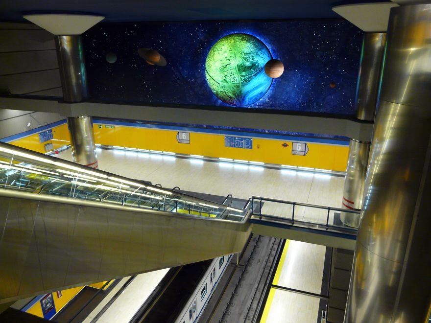 Estación De Metro Arganzuela-planetario (madrid, España)