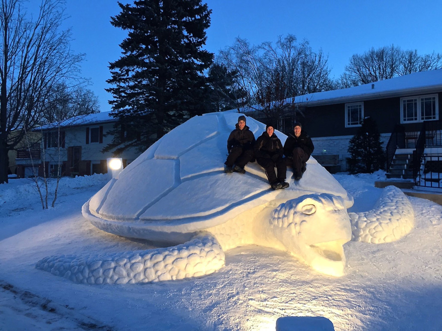 giant-snow-sculptures-bartz-brothers-1