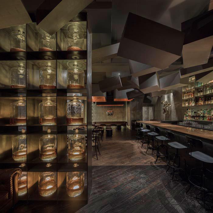 hidden-bar-behind-coke-vending-machine-flask-shanghai-3