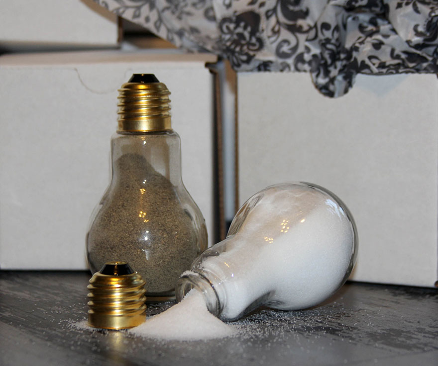 Ideas For Recycling Light Bulbs 15