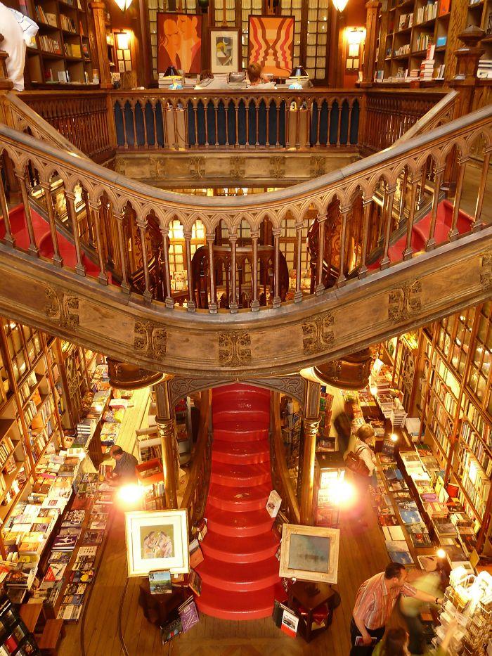 Lello & Irmão Bookstore, Porto, Portugal