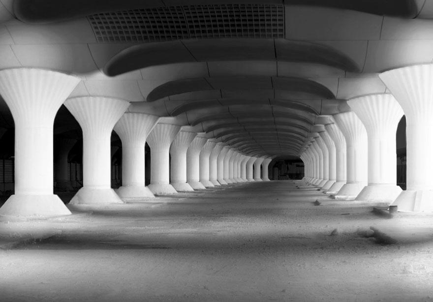 kinematope-light-installation-train-station-pablo-valbuena (2)