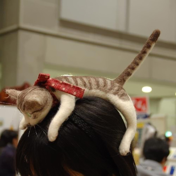 kitten-cat-hairband-accessory-campanella-1