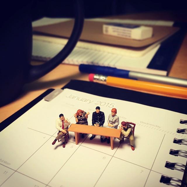 miniature-world-office-3