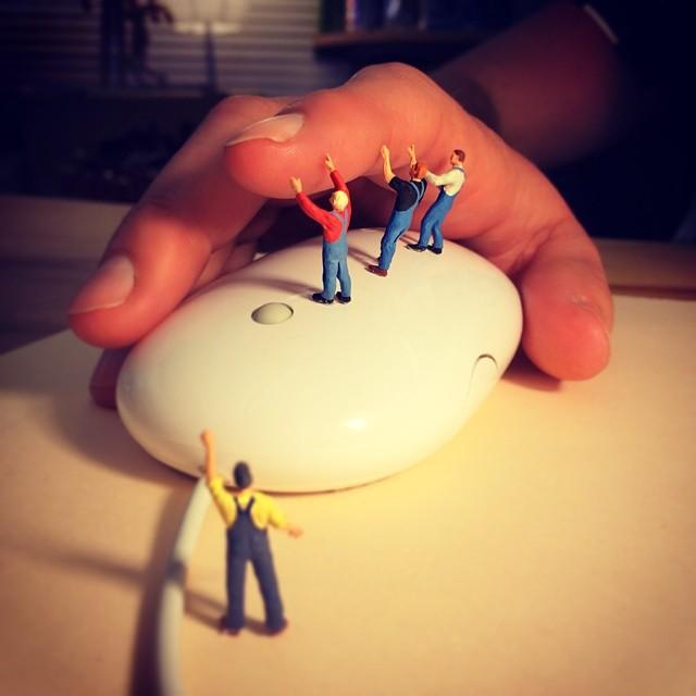 miniature-world-office-4