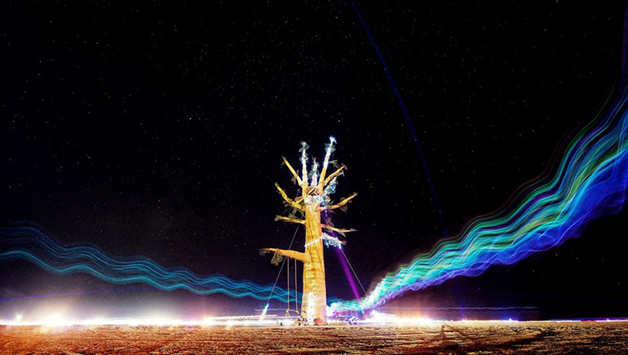 my-surreal-photographs-from-burning-man-2012-Art-Car-Trails2