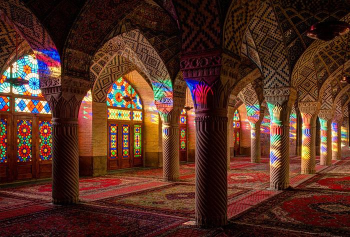 The Mosque Of Colors – 15 Unique Photos Of Nasir Al-Mulk Mosque