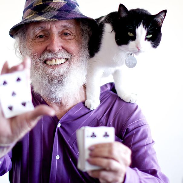 Paul Fegen, 78, A Magician. Former Multi-millionaire, Now He Makes His Living Doing Card Tricks