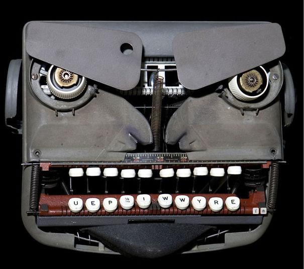 Typewriter irritado