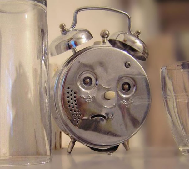 This Alarm Clock Is So Confused