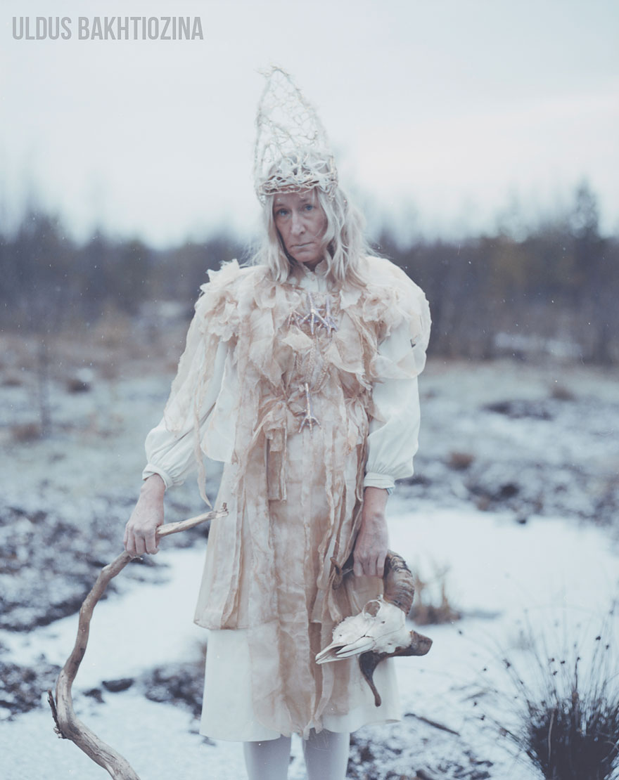 russian-fairy-tales-surreal-photograpjhy-uldus-bakhtiozina-11