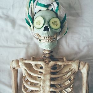 This Skeleton Is Basically Any Girl On Instagram