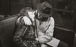 1946 New York Subway Photographed By 17-Year-Old Stanley Kubrick