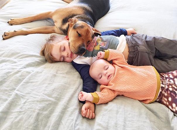 theo-beau-evangelina-evvie-baby-sister-nap-photos-jessica-shyba-1