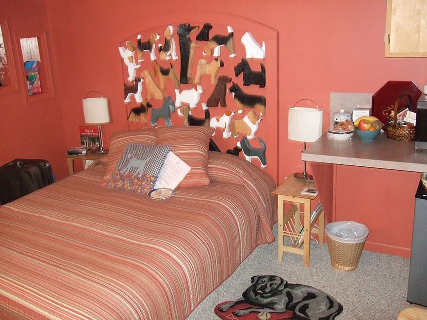 http://static.boredpanda.com/blog/wp-content/uploads/2015/01/unusual-themed-hotels-15-2.jpg
