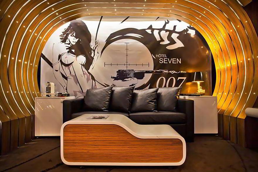 James Bond 007 Suite Hotel, Paris