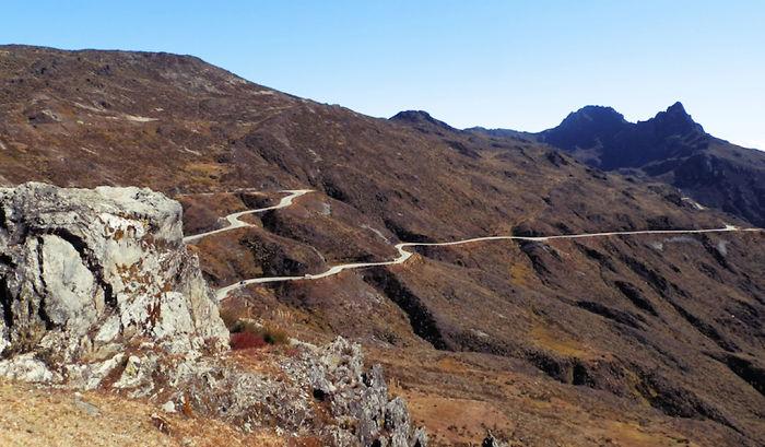 Carreta Al Pico Veleta, 3395 M. (granada, España)