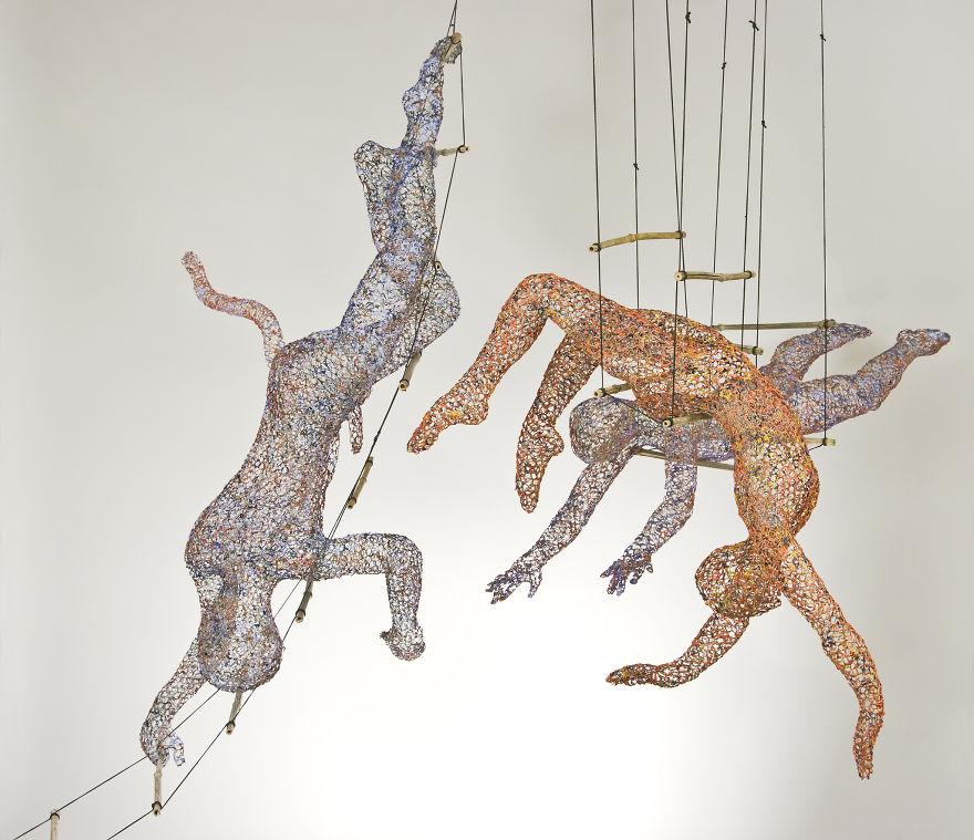Swinging Dancers Wire Sculpture