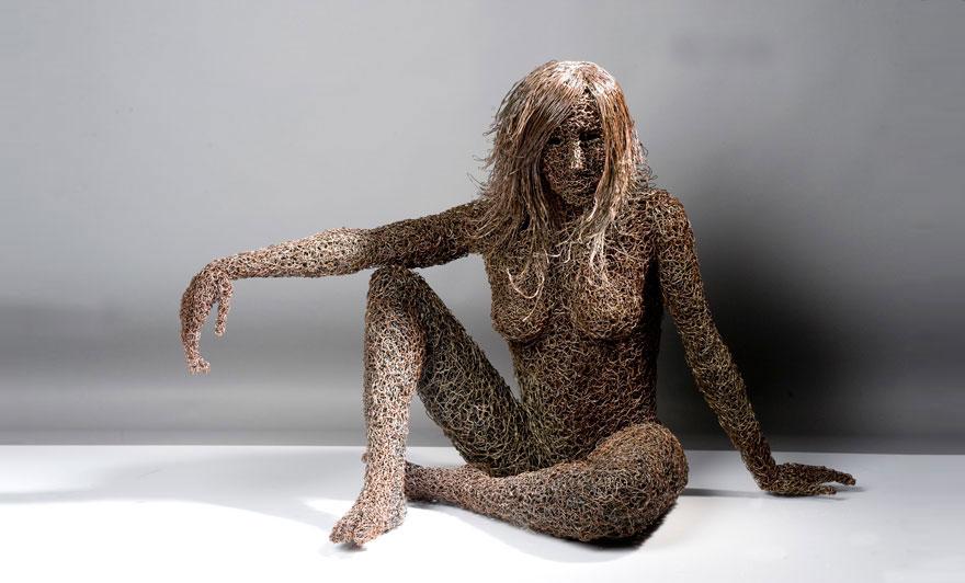 Iron Wire Sculptures By Mattia Trotta