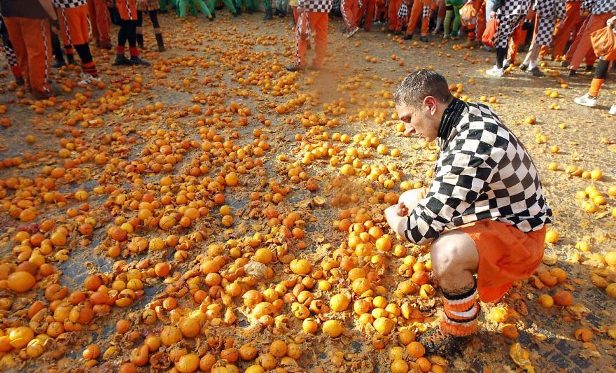 Battle Of The Oranges Festival (Italy)