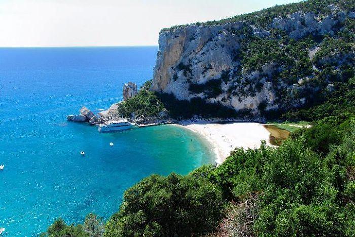 Sardegna Cala Luna.