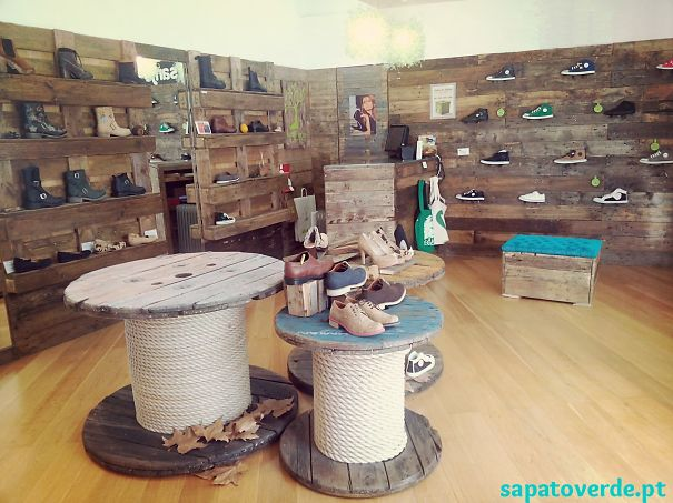 Vegan Store In Cascais, Portugal, With Old Wooden Reels, Boat Ropes And Pallet Walls