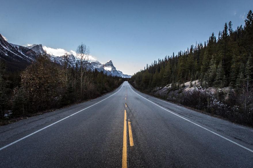 Icefields Parkway Between Jasper & Banff, Alberta, Canada