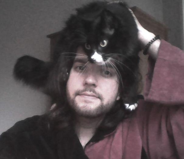 Meow Meow Meow Þruma