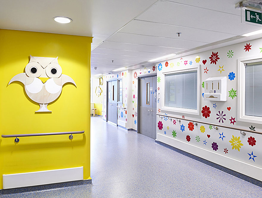 artists-mural-design-royal-london-children-hospital-vital-arts-12
