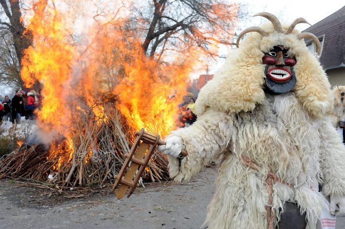 Mohácsi Busójárás – Winter Scareaway Festival (Hungary)