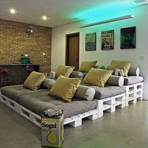 Pallets Turned Into A Home Cinema