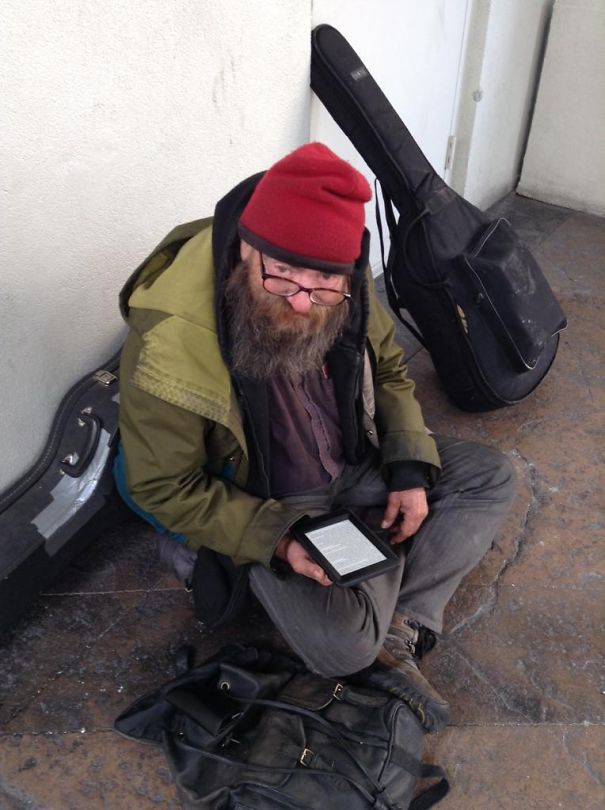 This Homeless Man Was Seen Reading The Same Book Over And Over, So A Kind Man Gave Him A Kindle