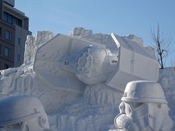 giant-star-wars-snow-sculpture-sapporo-festival-japan-11