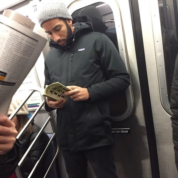 hot-dudes-reading-books-instagram-5