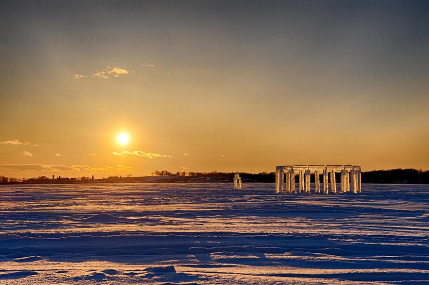 ice-pillars-icehenge-kevin-lehner-10