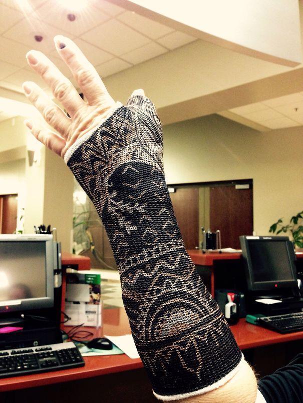 Rihanna's Hand Tattoo