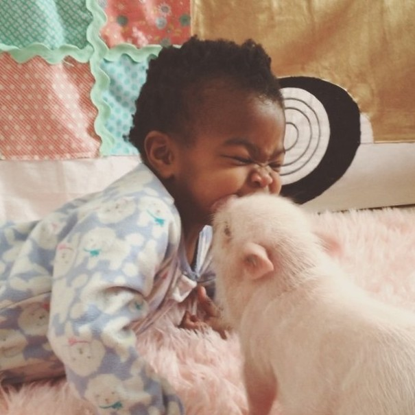 little-girl-piglet-friendship-libby-and-pearl-15