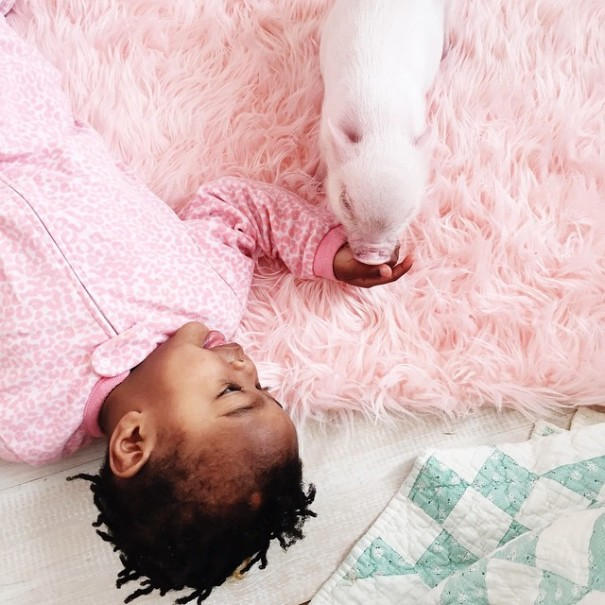 little-girl-piglet-friendship-libby-and-pearl-24