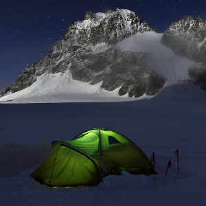 I Am A Mountain Photographer And I Spent 6 Years Photographing My Tent In The Mountains
