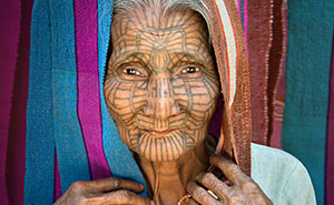 David Lazar Captures Amazing Photos Of The Golden Land – Myanmar