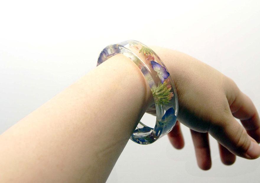 resin-flower-moss-bangles-bracelets-modern-flower-child-sarah-smith-32