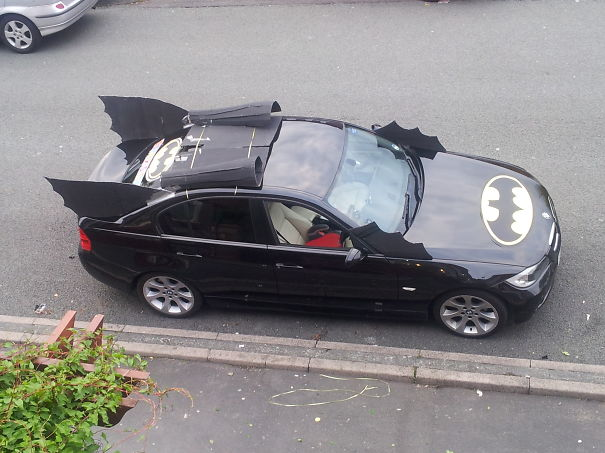 Dad Turns Car In To Batmobile For Sons Fifth Birthday And Parades Around Town As Batman And Rob