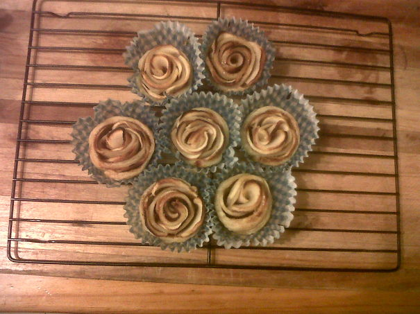 Individual Apple Rose Pies