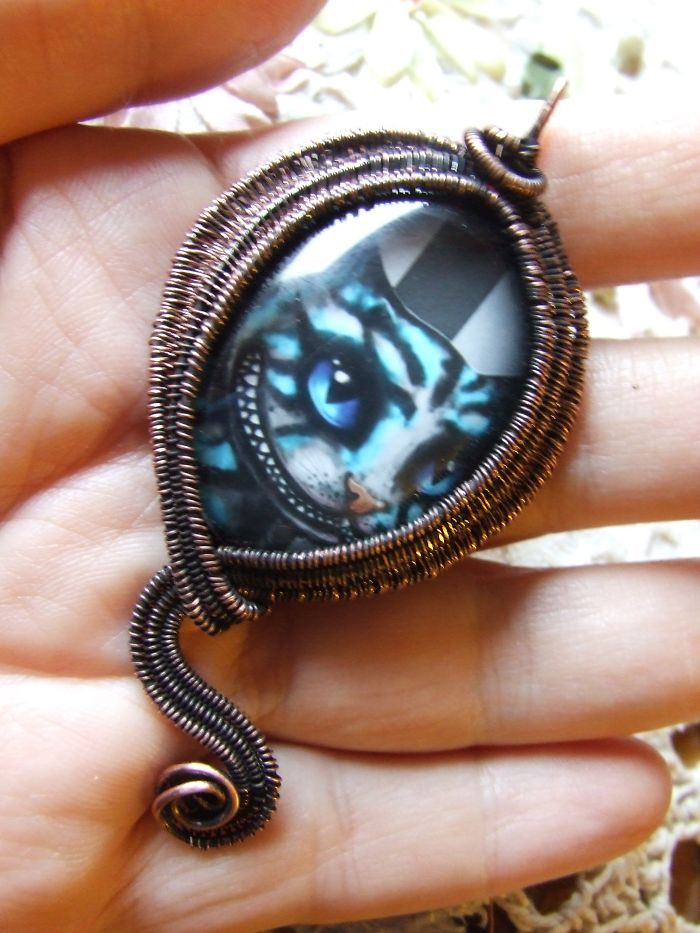 Alice In Wonderland – The Cheshire Cat Necklace
