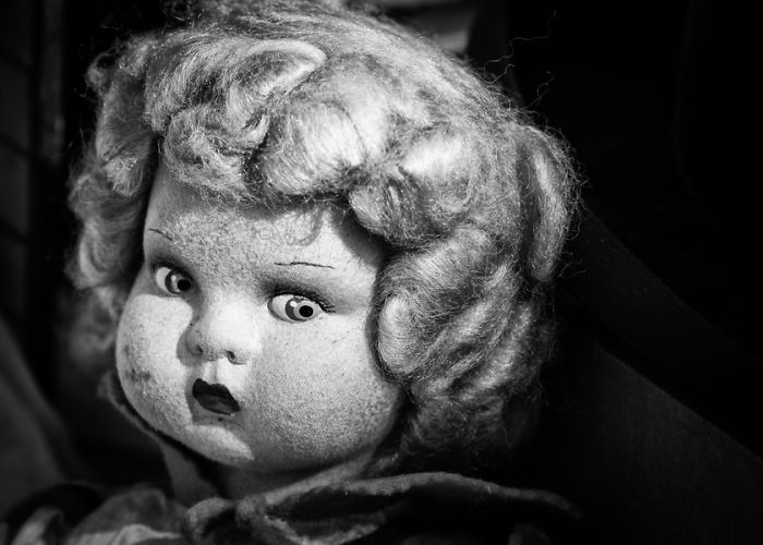 the souls of dolls scary photos of abandoned children companions bored panda. Black Bedroom Furniture Sets. Home Design Ideas