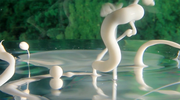 Artist Makes Real, Trippy Videos Using Water, Weird Liquids And A Camera!