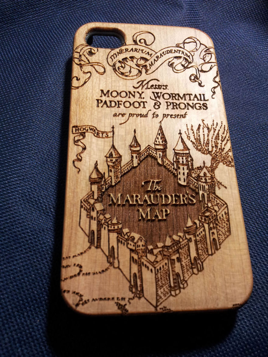 Harry Potter Wooden Phone Case : Bored Panda