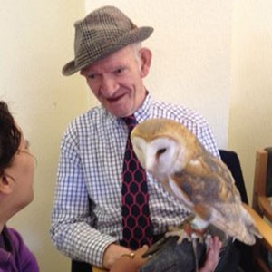 We Bring Giant Snails, Lizards, And Owls To Retirement Homes To Brighten Seniors' Lives