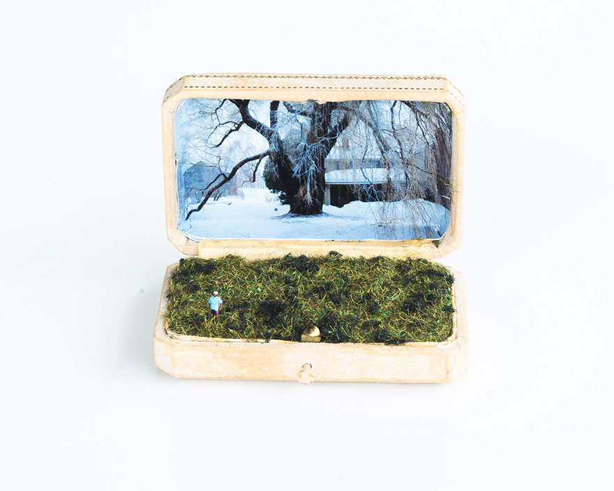 antique-ring-box-mini-diorama-talwst-4